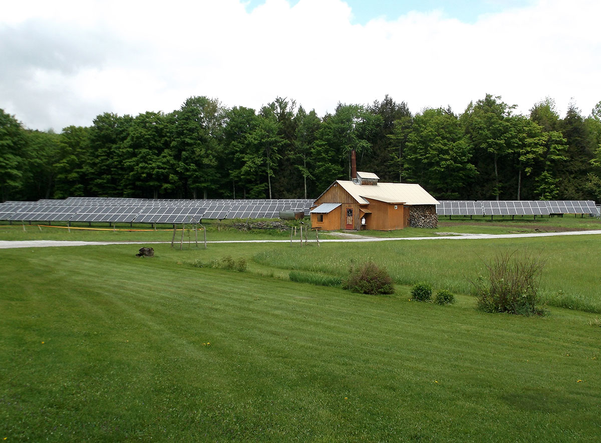 Community solar array in Fairfield