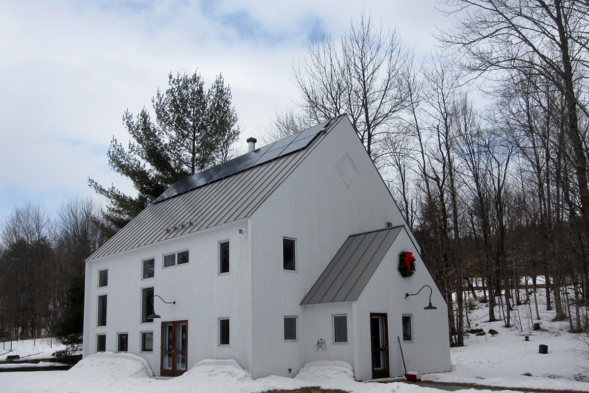 Contemporary home with solar in winter