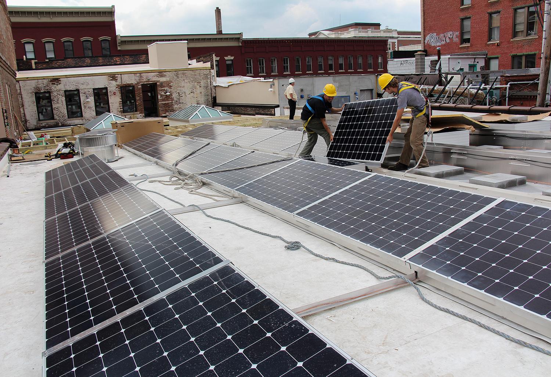 Rooftop Community Solar Array