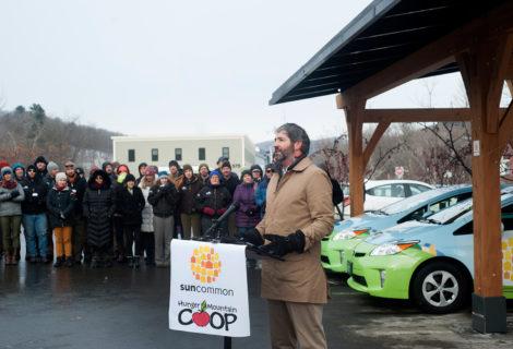 Solar Canopy Innovation Celebrated by Gov. Scott