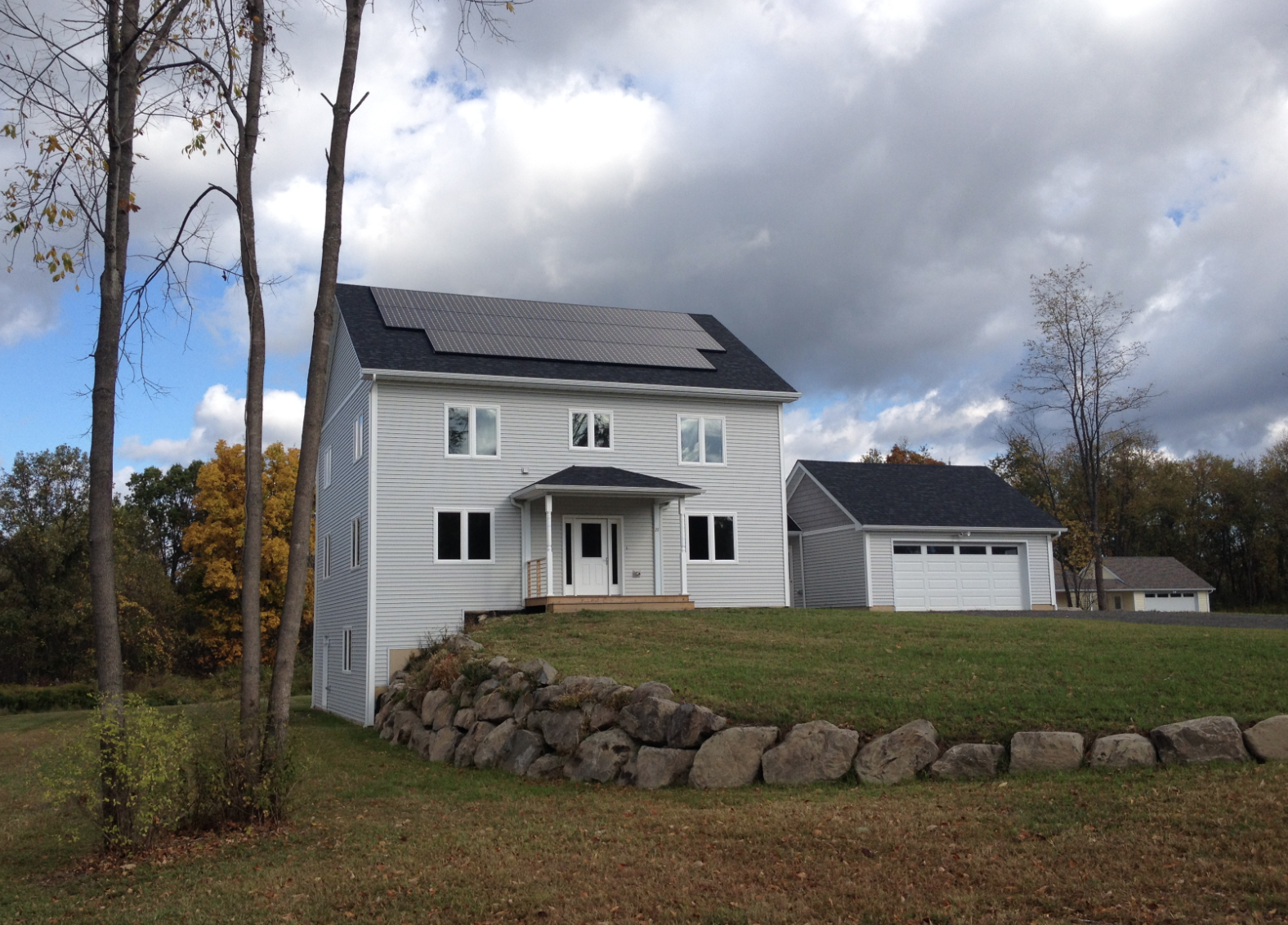 new paltz residential zero net energy solar home