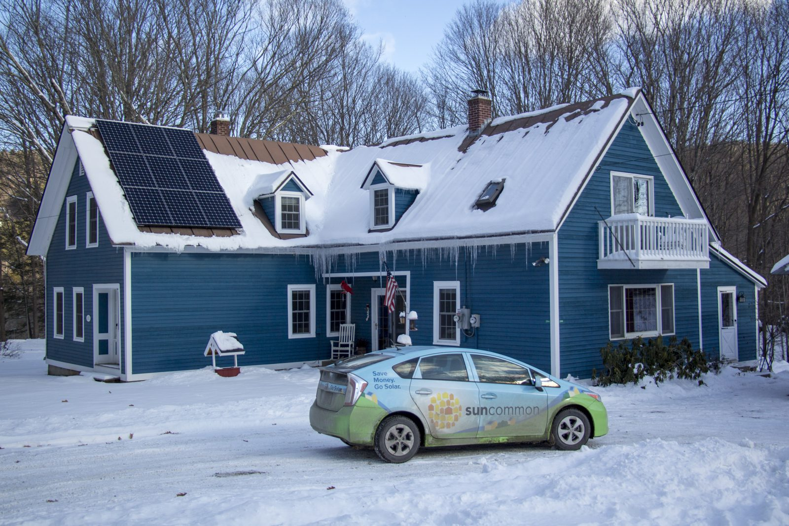 20171216windsor House In Snow With Roof Mount And Prius