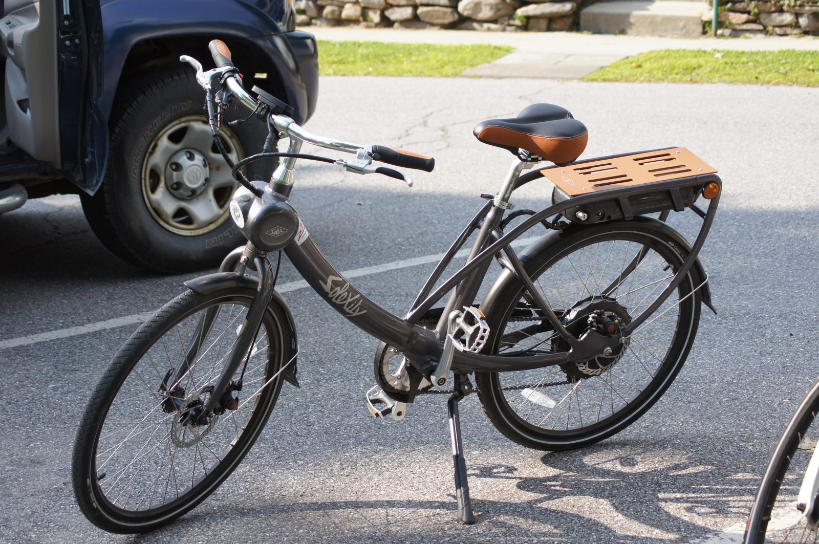 an electric bike from Zoombikes