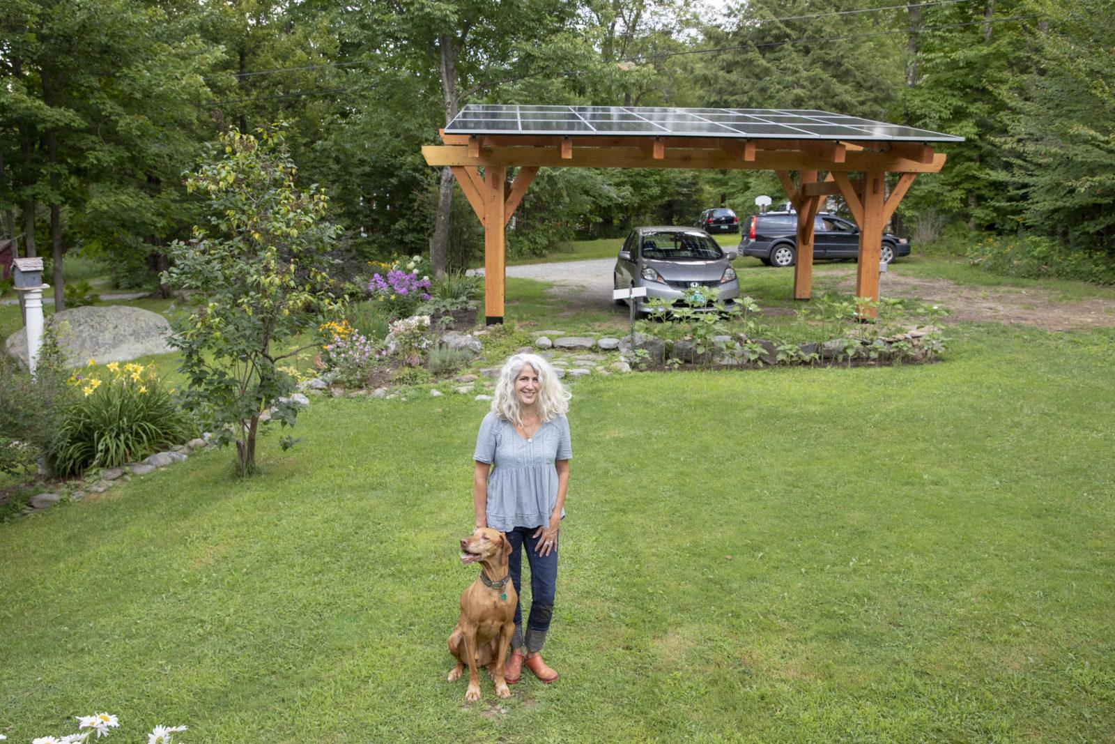 20190809_Homeowner_Canopy_Nicole_Bourassa_Underhill_Vermont_VT_Dog_Summer_Garden_254A9673